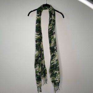 Camouflage Lightweight Scarf